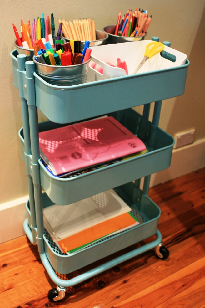 homework trolley 020